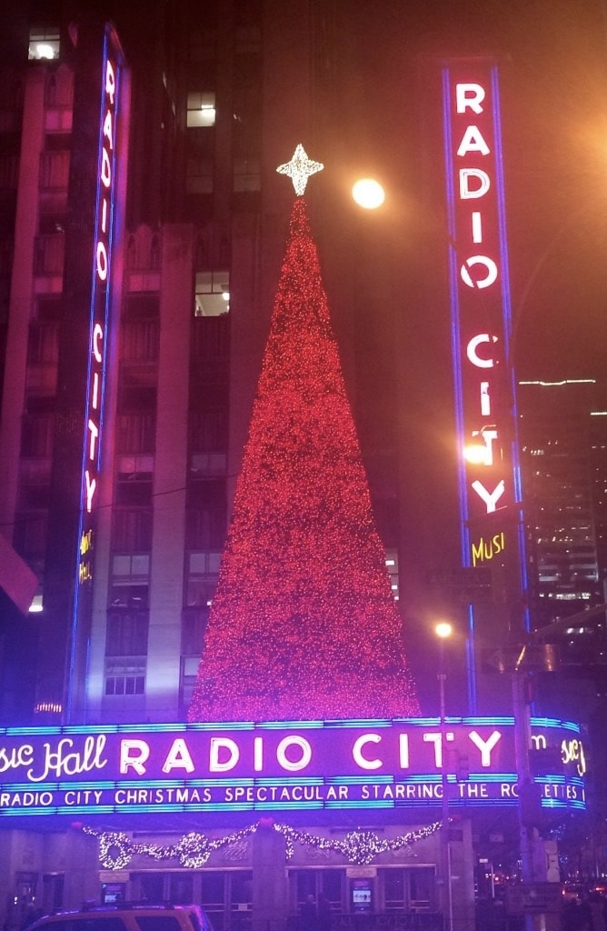 7 Iconic Ways NYC will Make Your Christmas Merry and Bright